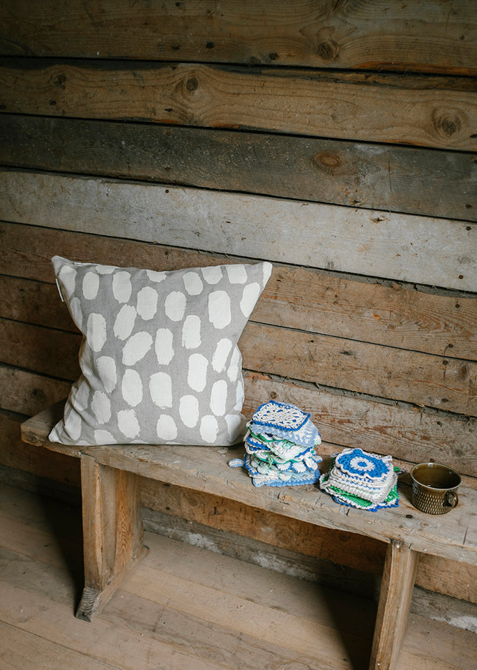 Fine Little Day|北歐風設計師款 – 枕頭套DOTS CUSHION COVER, WHITE