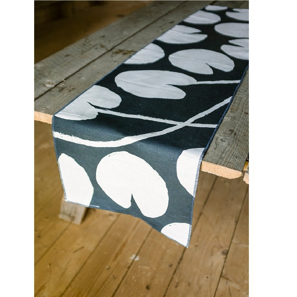 Fine Little Day|北歐風設計師款 – 荷花桌旗, 午夜藍 Water lilies Table Runner, Night Blue