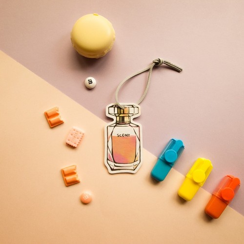 Scentlab 香氛實驗室|香水No.8香氛吊飾 (英國梨與小蒼蘭)