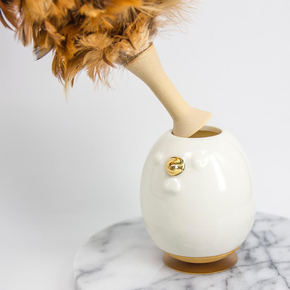 Hands|旺來福到開運雞 • 桌上型清潔毛刷 - 白展雞