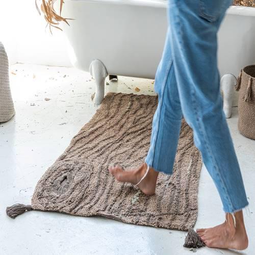 Lorena Canals 柔麗紡|松木頌曲地毯