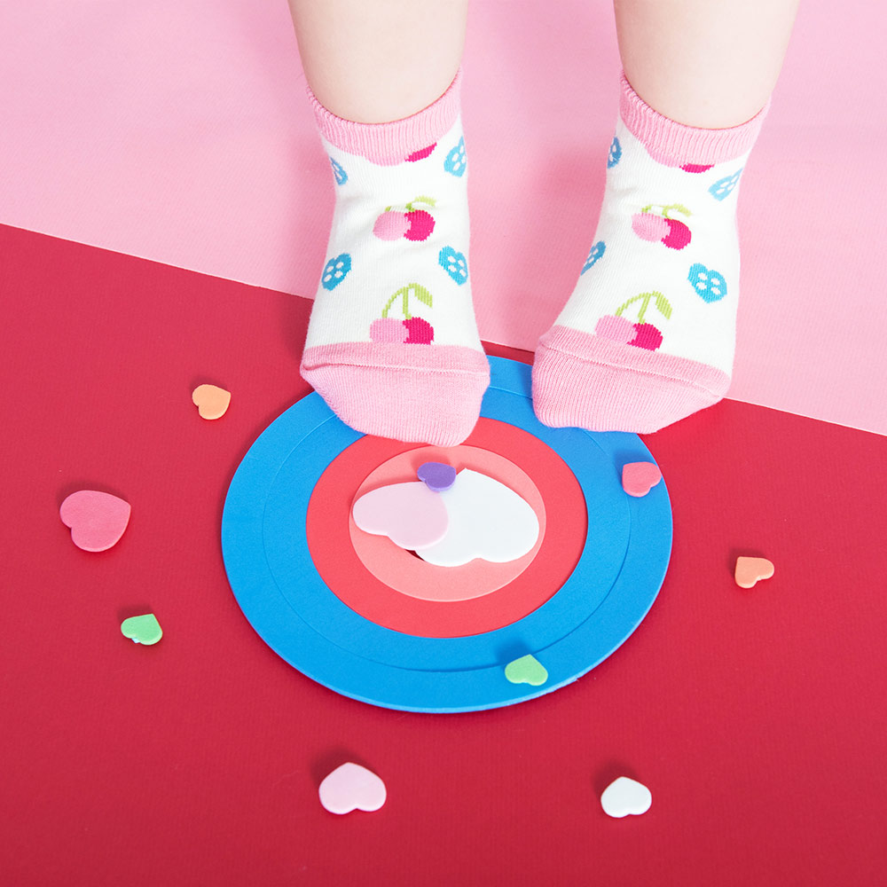sokker®|櫻桃心防滑2分之1童襪