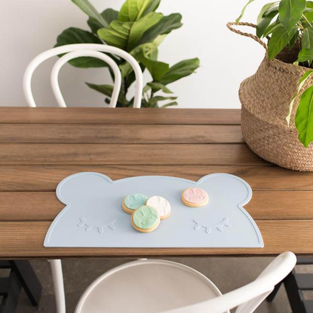 澳洲We Might Be Tiny|矽膠防滑餐墊熊寶寶-粉藍