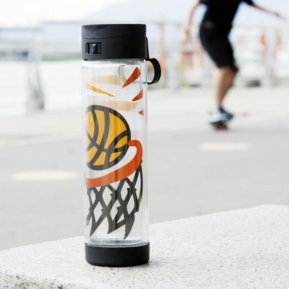 美國 Glasstic│安全防護玻璃水瓶470ml掀蓋黑(送)籃球圖卡