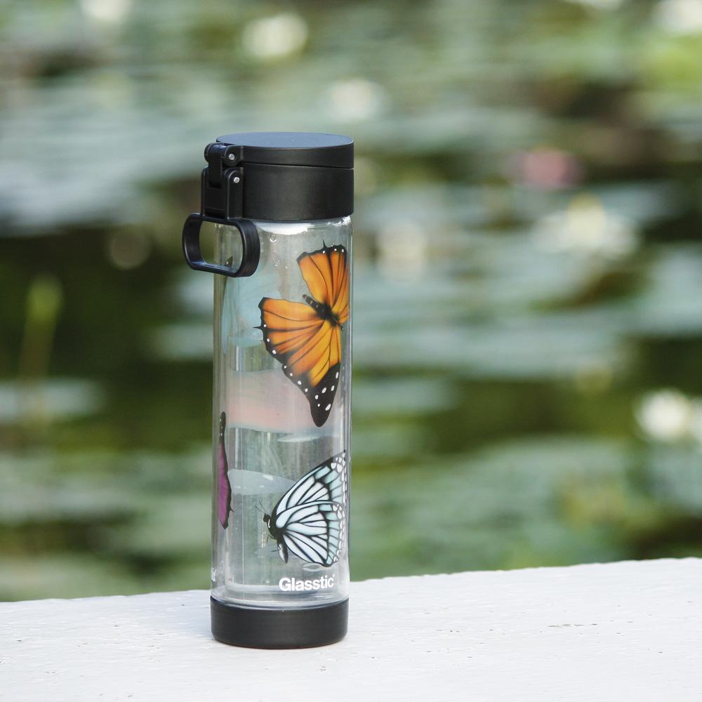 美國 Glasstic│安全防護玻璃水瓶470ml掀蓋黑(送)蝴蝶圖卡+Glasstic專用茶隔濾網