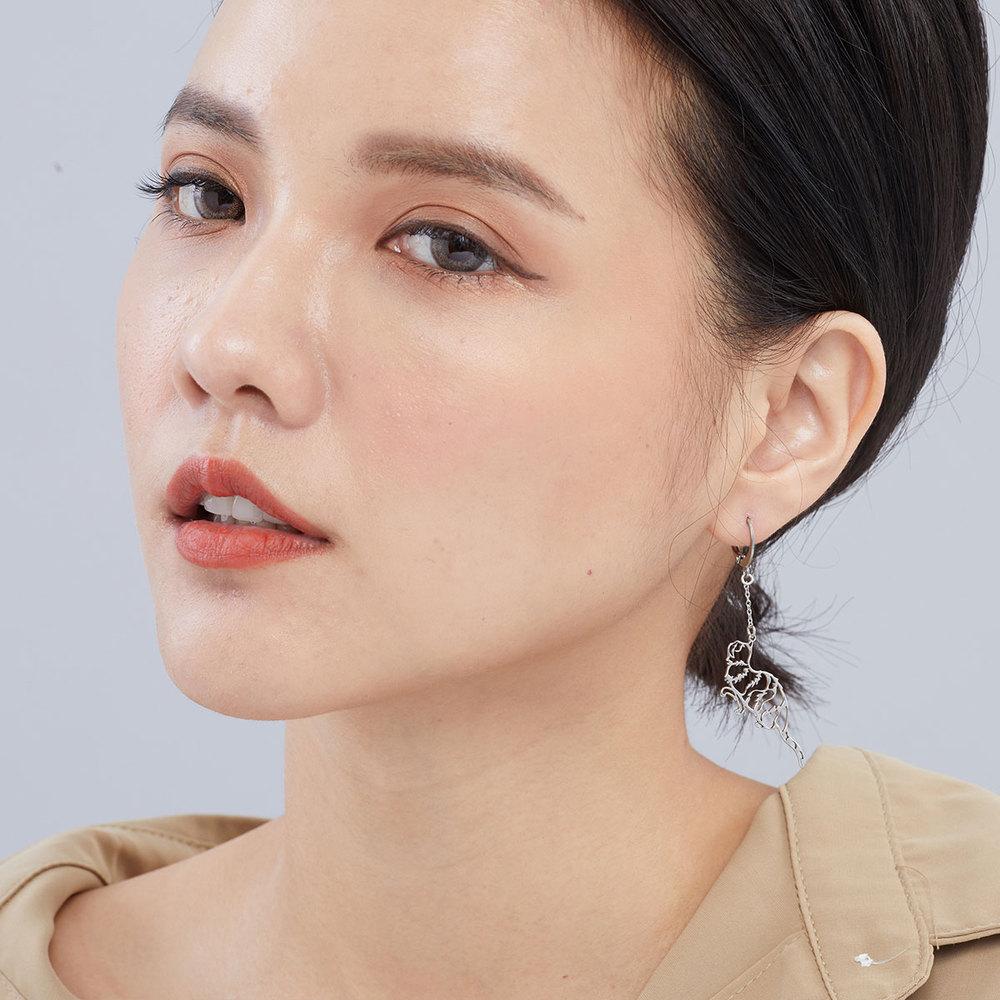 Magi-Steel|故宮聯名商品 耄耋同春-菊花貍奴耳環