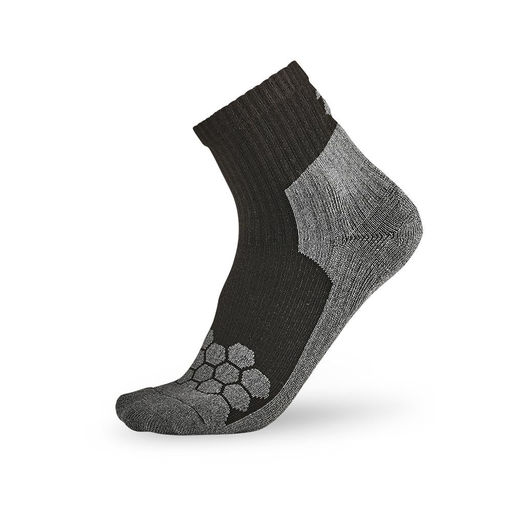 titan太肯 專業籃球襪-黑/灰(3入)