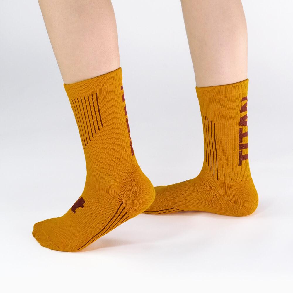titan 太肯|舒壓生活中筒襪 土黃(4雙)