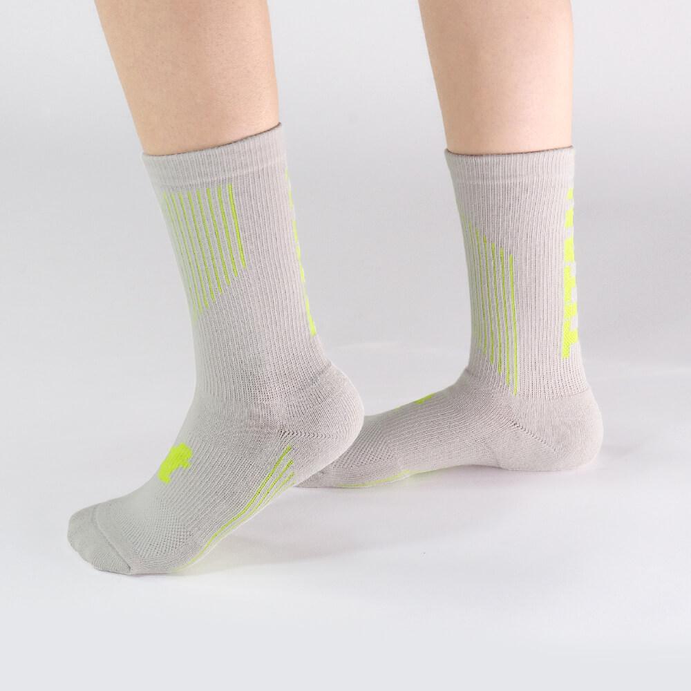 titan 太肯|舒壓生活中筒襪 亞麻(4雙)