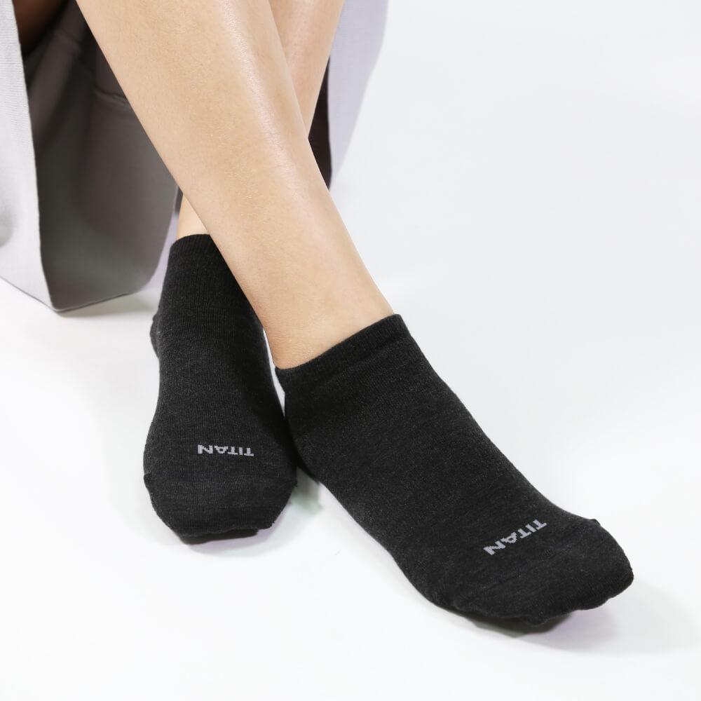 titan太肯|輕薄抗菌除臭踝襪-黑(3入)