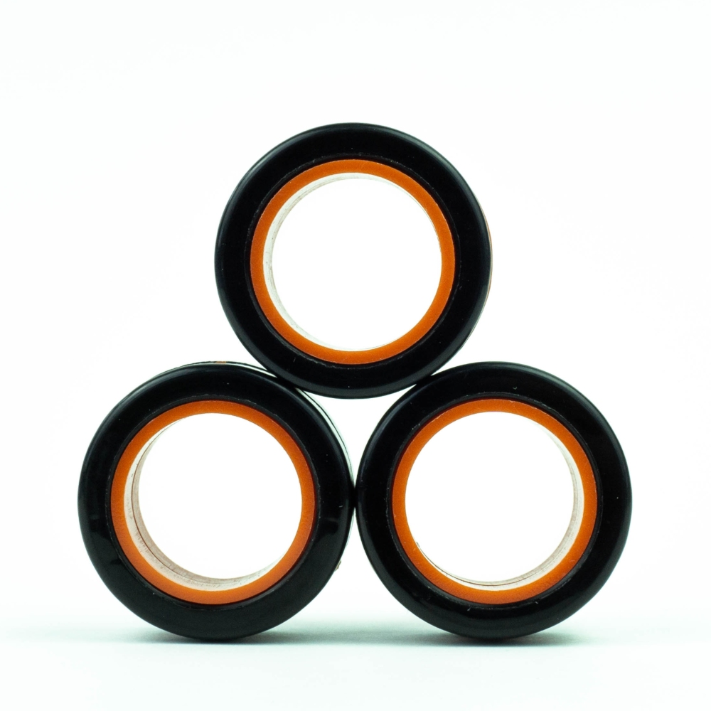 FinGears|益智紓壓指尖環(外黑內橘)