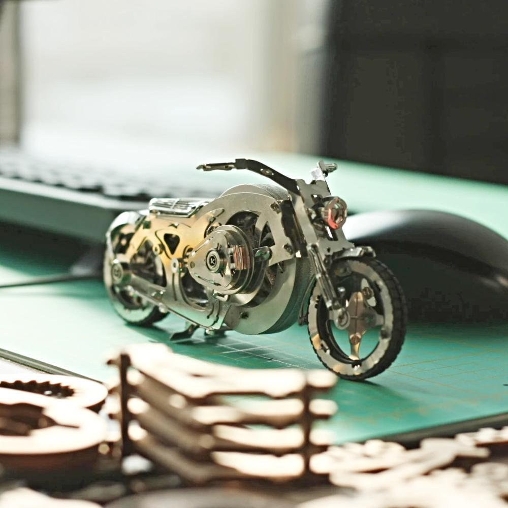 TimeforMachine|高階金屬動力模型 - 亮鉻飛輪摩托車 Chrome Rider