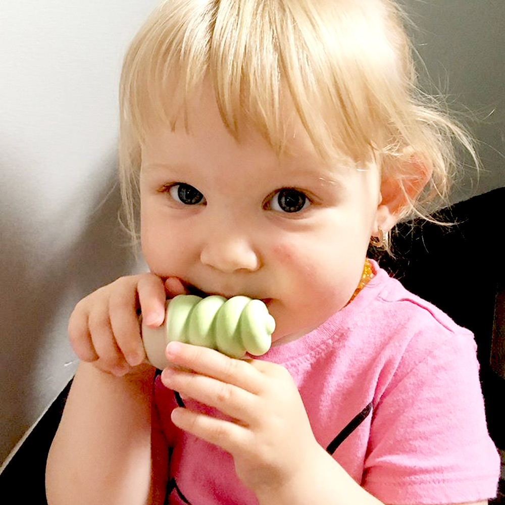 Sweetooth|香草冰淇淋固齒器(抹茶綠)+防掉帶(綠色)組合