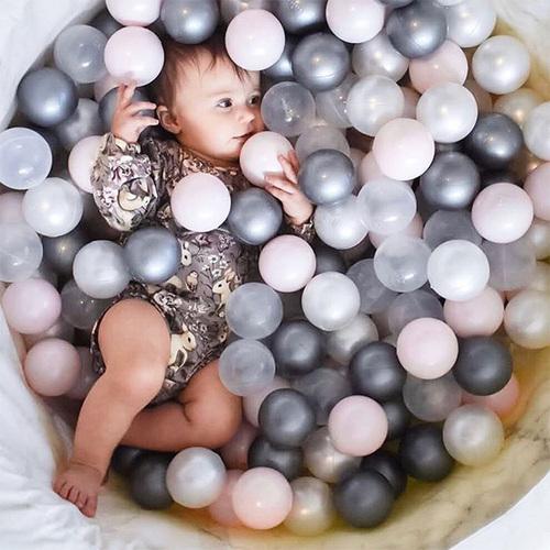 波蘭Misioo|遊戲球池-90x40大理石(珍珠粉紅、珍珠白、珍珠灰、透明球四色共200顆)