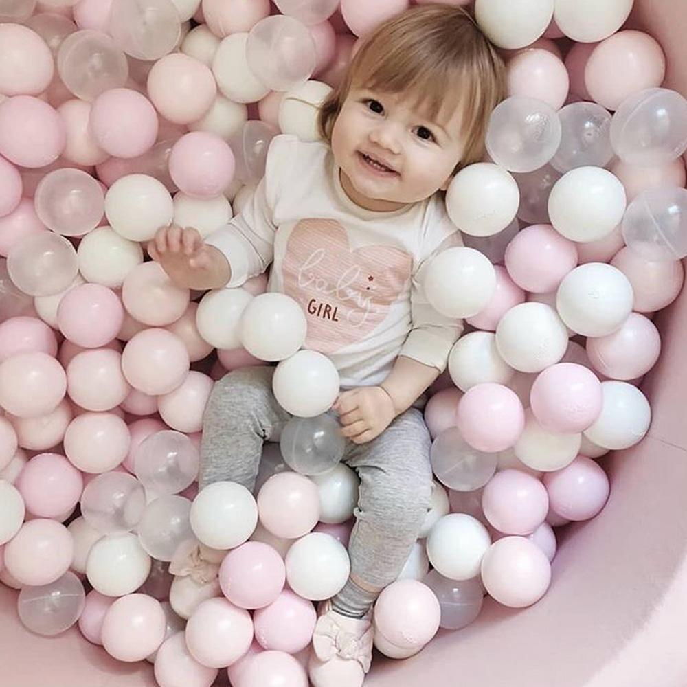 波蘭Misioo|遊戲球池-90x40淺灰(內含150顆球,粉紅、珍珠白、透明球三色)