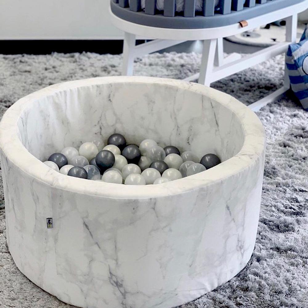 波蘭Misioo|遊戲球池-90x40大理石紋(內含150顆球,粉藍、珍珠白、透明球三色)