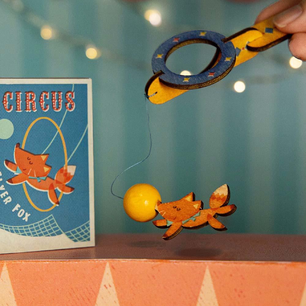 遊木時光|小盒國-可拼成童玩的拼圖(空中飛狐)