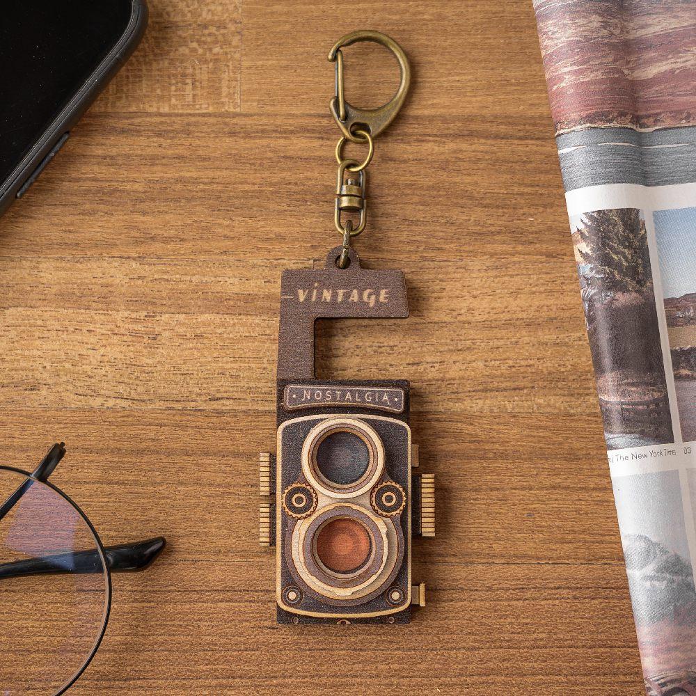 猴子設計|老時光手機架-120底片相機