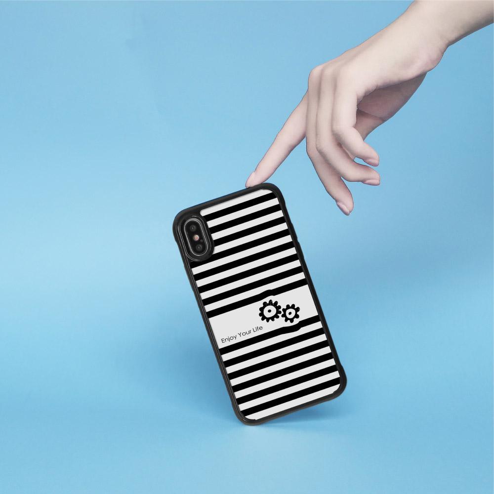INJOY mall|iPhone 7/8/Plus/X/XS/XR/max 黑白條紋百搭 耐撞擊邊框手機殼