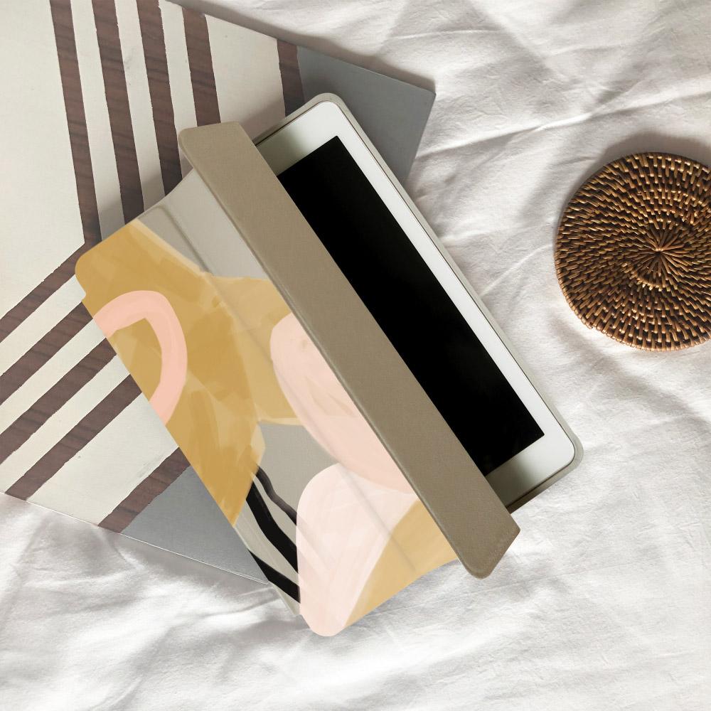INJOY mall|iPad  9.7 2018 系列 奶茶色的慵懶 Smart cover皮革平板保護套