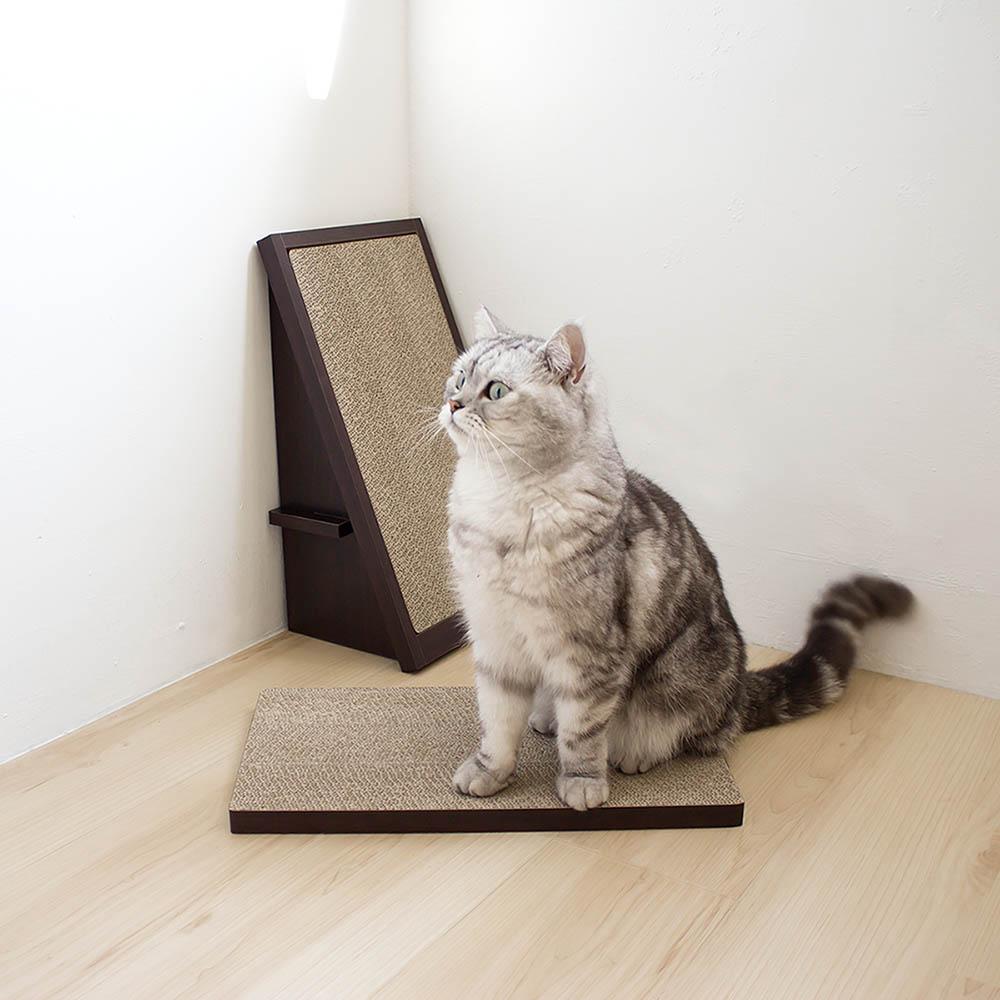 安閣家|頑強斜坡貓抓板-贈送純天然貓薄荷 (胡桃木)