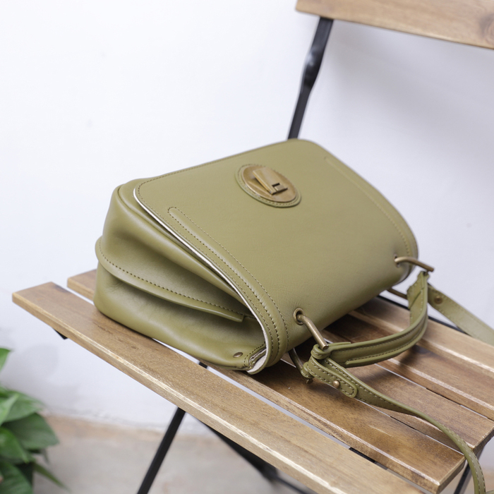 SoLoMon|真皮牛革方型側背包
