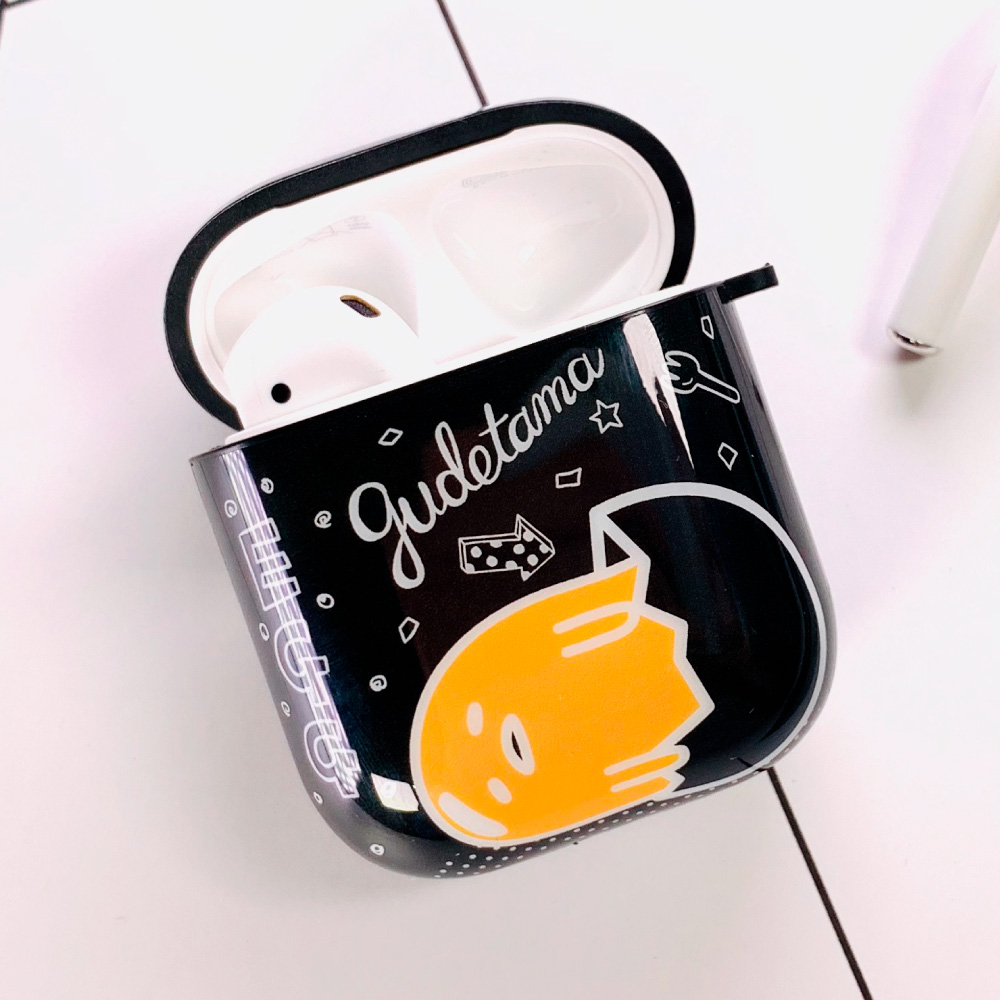 HongMan|三麗鷗系列 AirPods防塵耐磨保護套 蛋黃哥 好想放假