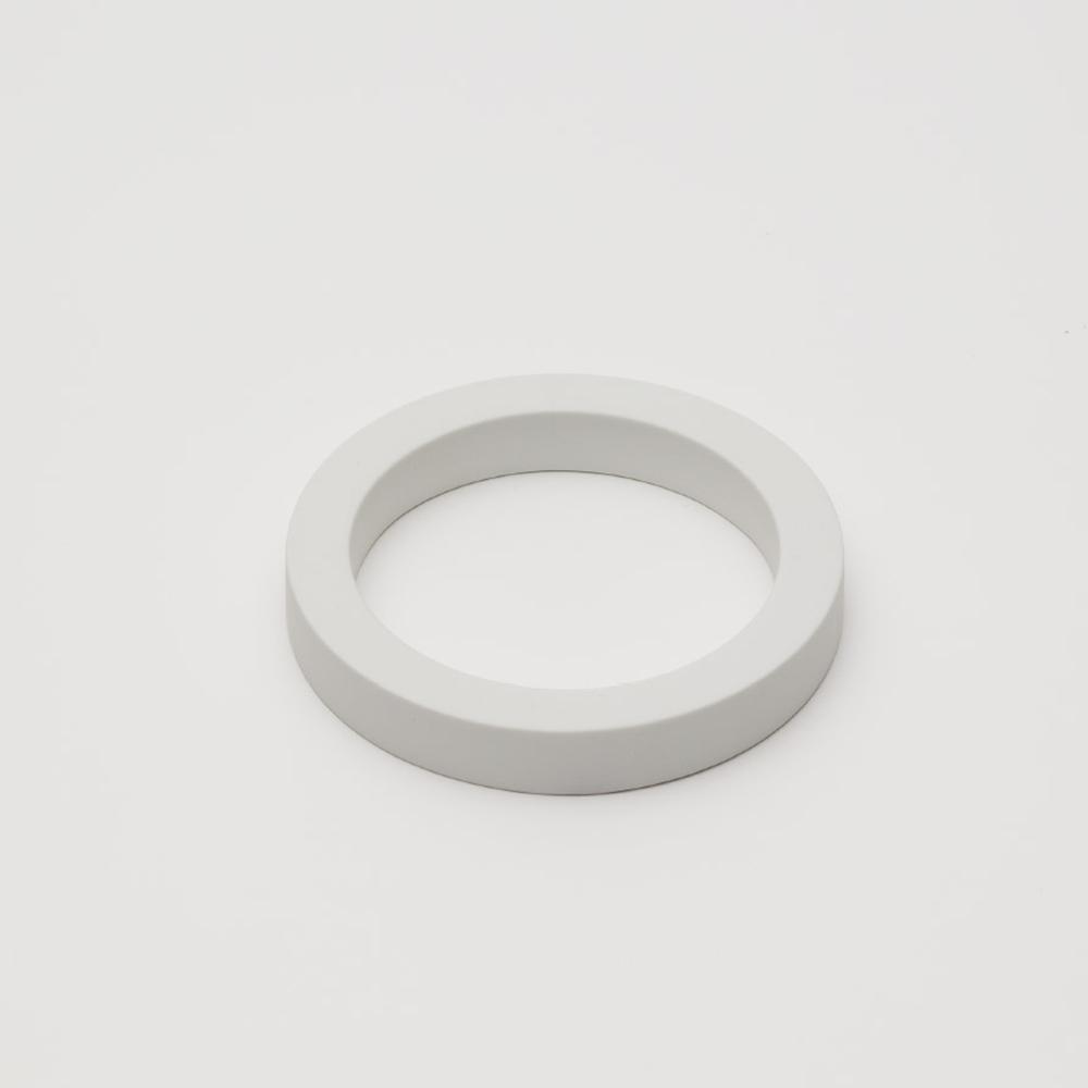 2016Arita|Tomas Alonso 花器套環|White 釉白