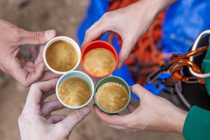WACACO|NANOPRESSO 隨身咖啡機 - 熔岩紅(含硬殼保護套)