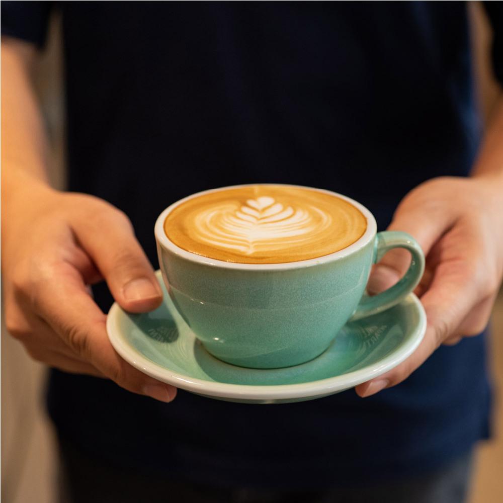 LOVERAMICS 愛陶樂 | 蛋形系列 150ml 白咖啡杯盤組 (職人色系) Egg Flat White Cup & Saucer (三色)