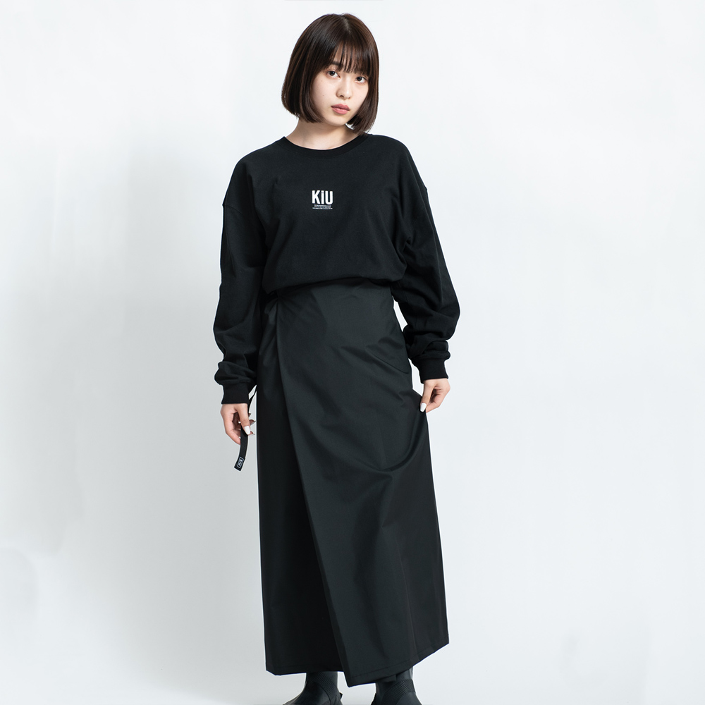 KiU|黑色 抗UV透氣防水裙 野餐巾 附收納袋