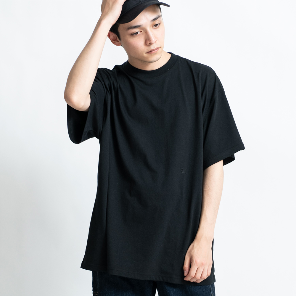 KiU|黑色 百搭基本款T-shirt   吸汗速乾 抗菌防臭 L碼