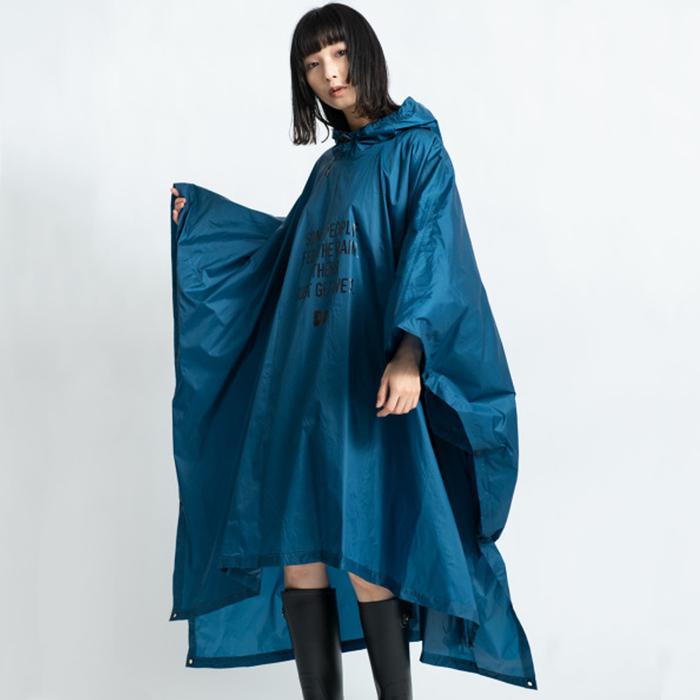 (複製)KiU 軍綠色 超輕量成人斗篷雨衣(男女適用)