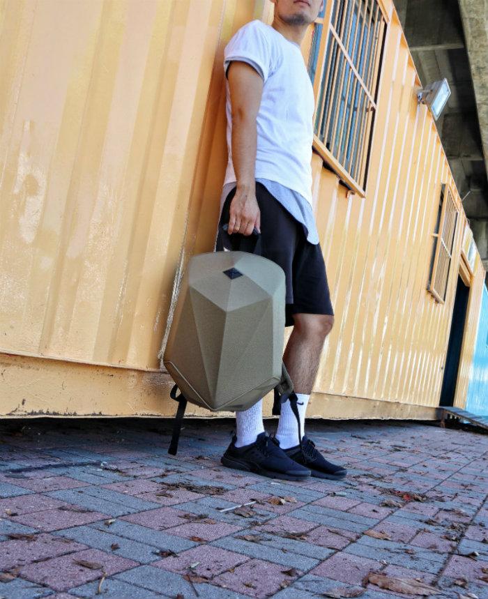 (複製)SHIELD|時尚防盜硬殼後背包-時尚黑