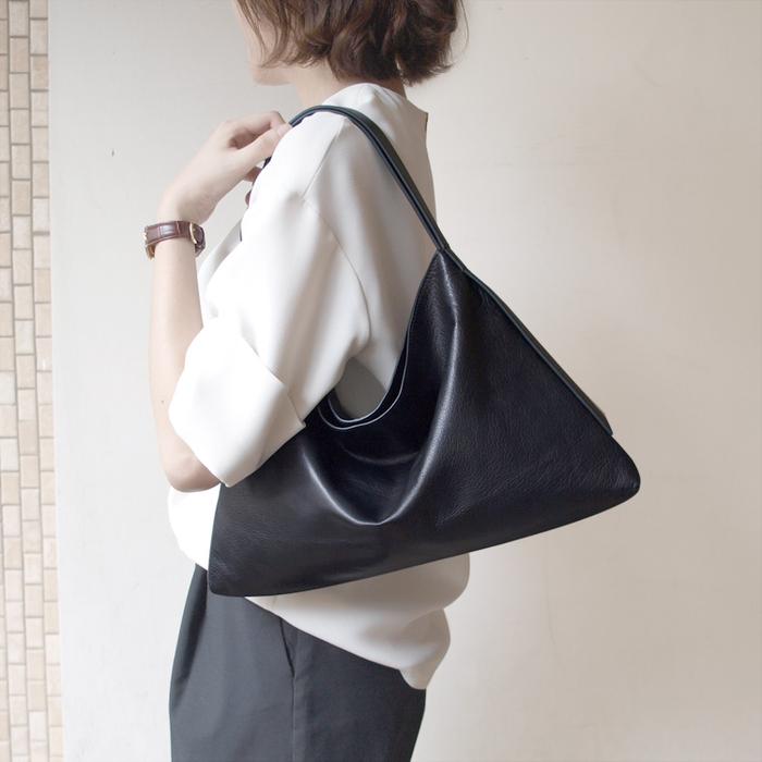 Darker Than Black Bags|Equilateral Triangle Hobo Bag 等邊三角HOBO包