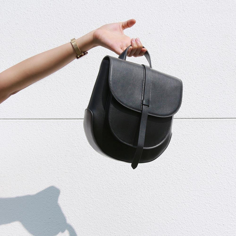 Darker Than Black Bags Half Eraser Backpack 短款背包