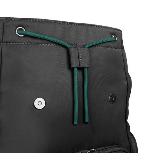 TUCANO|超輕量防潑水撞色系休閒後背包-黑色