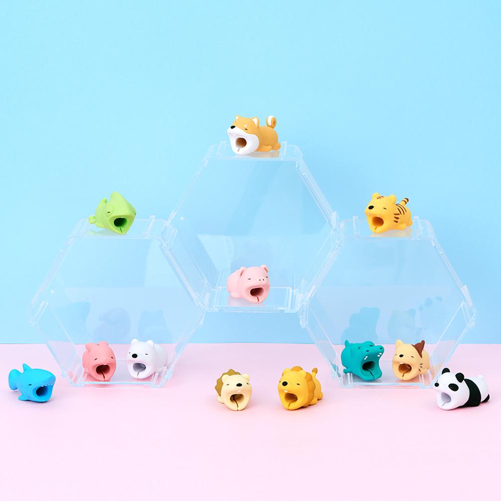 Dreams|慵懶動物園 CableBite Type-C專用咬線器 吃甜食獅子