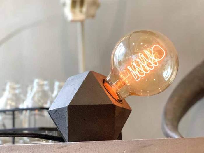 曙MUSE|幾何立體水泥質感桌燈