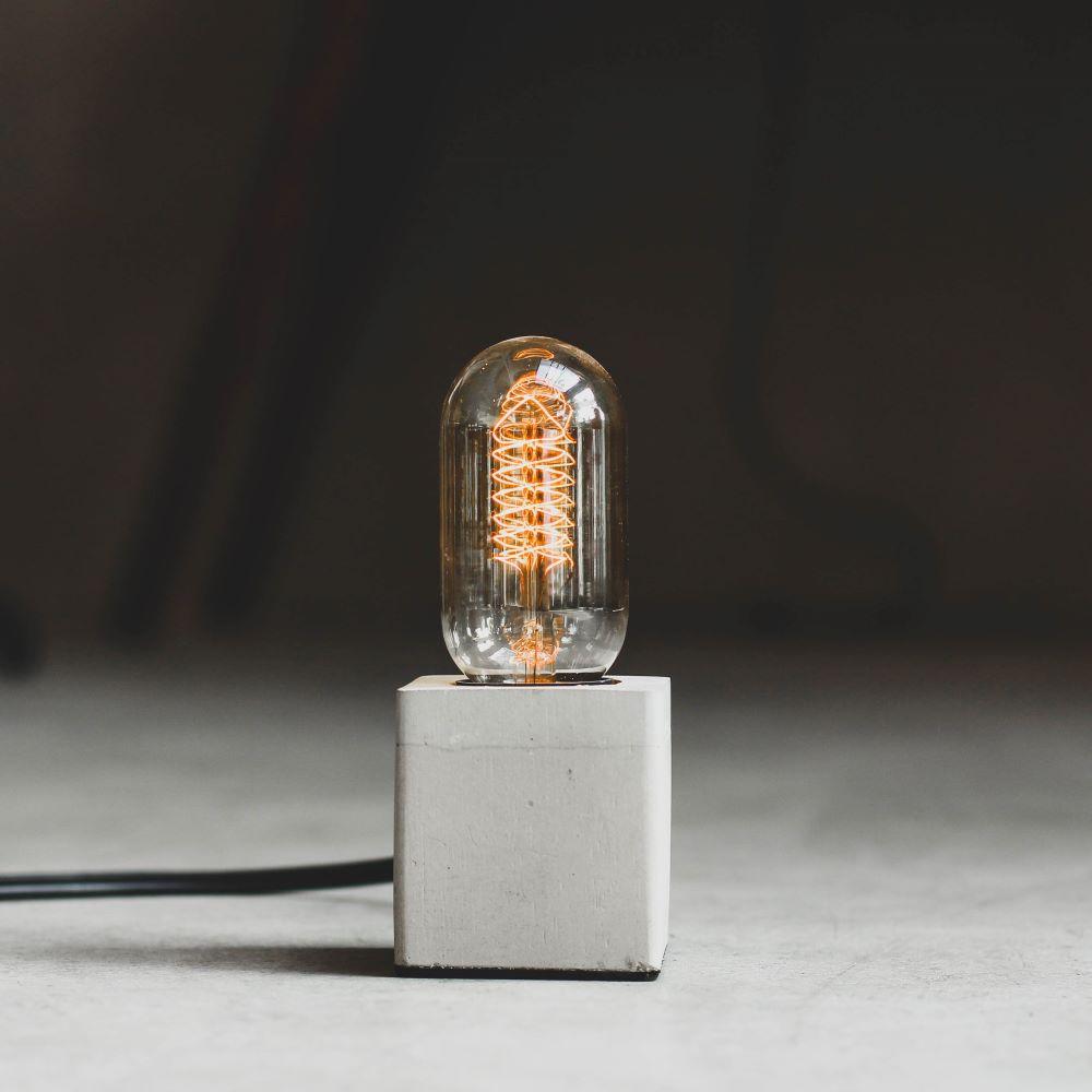 曙MUSE 極簡方形水泥方桌燈