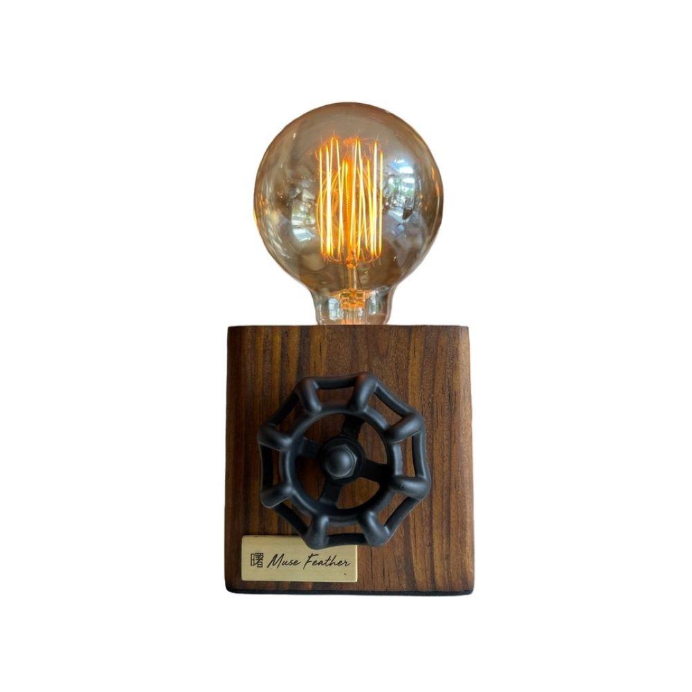 曙MUSE|手輪木質方形圓角桌燈