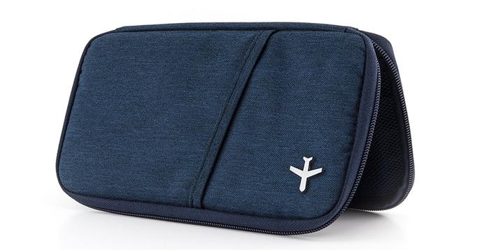 德國TROIKA|防感應護照包防盜卡夾防感應錢包 ( TRV20/DB 深藍色 )