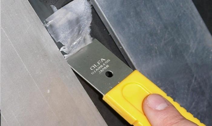 日本OLFA 不鏽鋼刮刀 ( 小:尺寸155mm*30mm ; SCR-S )
