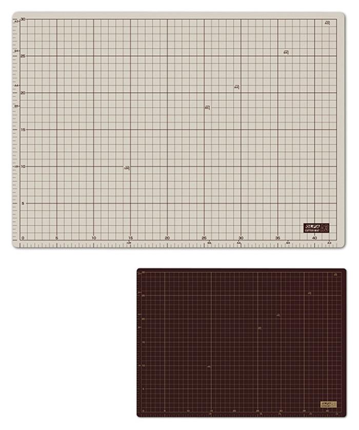 日本OLFA|雙面切割墊 ( 灰褐+咖啡色;A3大小 ; 135B )