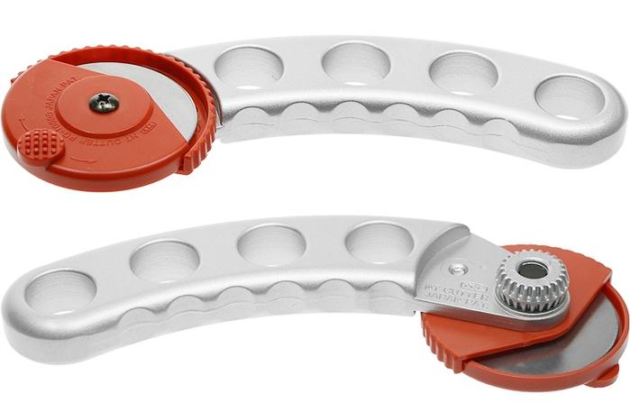 日本NT Cutter|滾輪式布料裁刀裁布刀拼布刀 ( RO-1000GP )