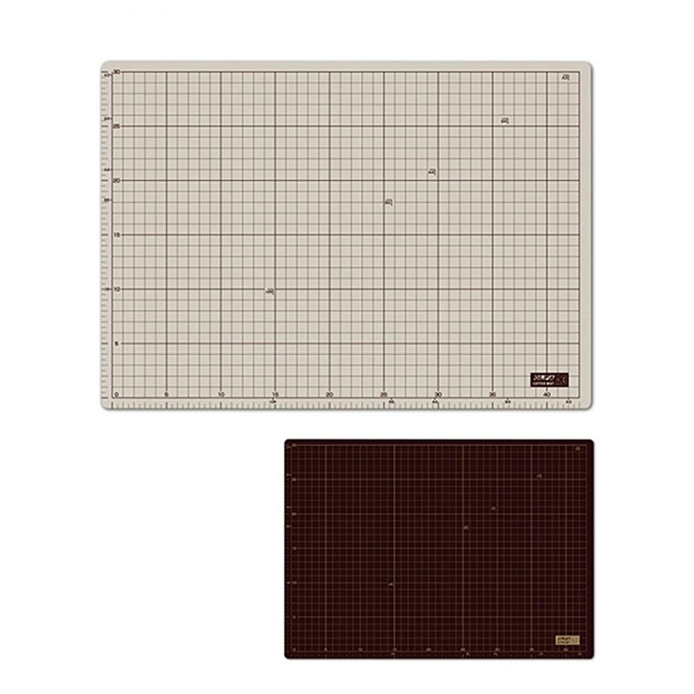 日本OLFA|雙面切割墊裁切墊桌墊工藝墊板美工墊( 灰褐+咖啡色; CM-A3即135B )