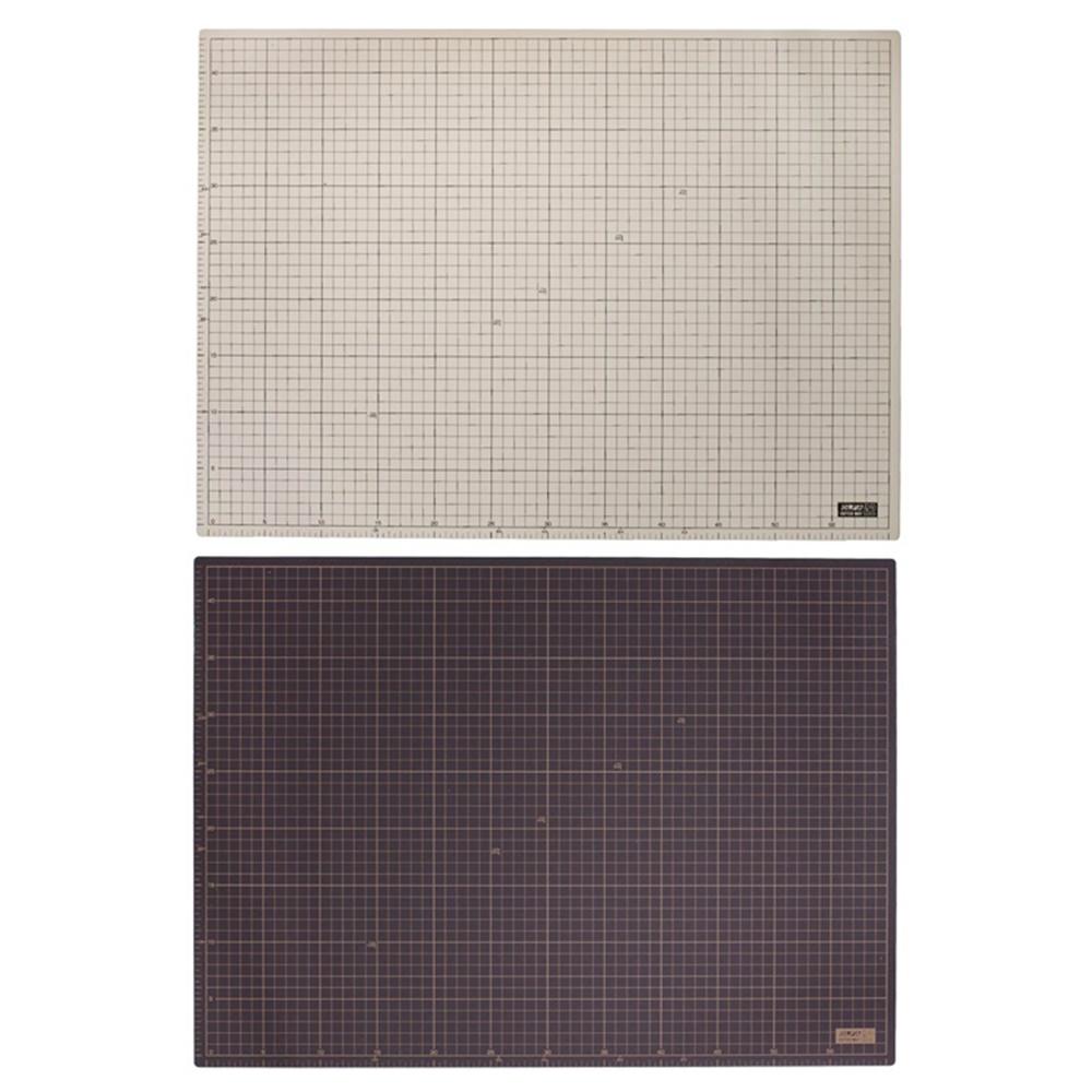 日本OLFA|兩面灰褐/黑A2切割墊桌墊裁切墊 (450×620×2mm;CM-A2;159B)