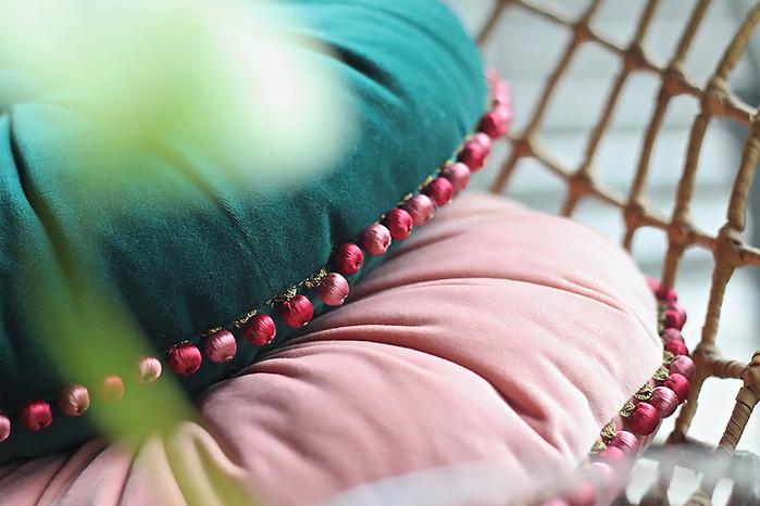 (複製)MULA DECO|馬卡龍法式滾邊手工圓形抱枕 Ø30cm (粉紅)