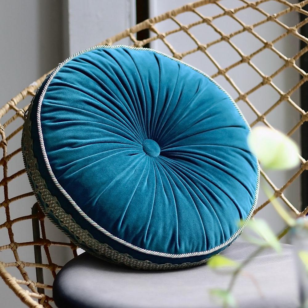 MULA DECO|馬卡龍法式滾邊手工圓形抱枕 Ø38cm (藍綠)