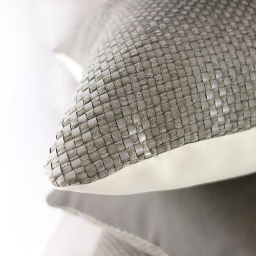 MULA DECO|編織皮抱枕 45x45cm (正面暖灰色+背面米白色)